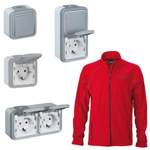 Feuchtraum Aufputz Schalterpaket Plexo 55 IP55 inklusive rote Fleece-Jacke Gr. L