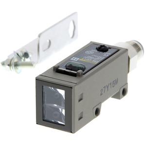 Reflexionslichttaster Sn=2m DC 3-adrig NPN/PNP horizontal M12 steckbar