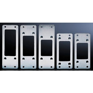 Adapter für Steckverbinder-Ausbrüche